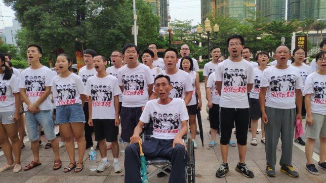 Mời ký tên đòi tự do cho những sinh viên Trung Quốc giúp thành lập nghiệp đoàn độc lập đang bị cầmtù