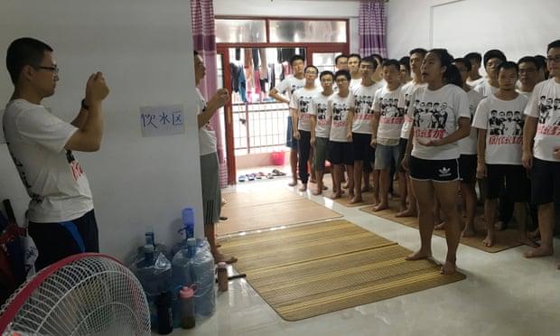 Đảng Cộng Sản đánh đập và bắt cóc những sinh viên hỗ trợ quyền của người laođộng