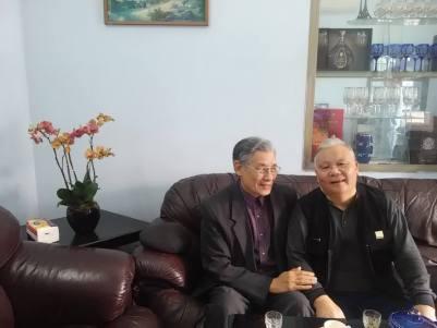 Giáo sư Mạc Văn Trang và đại tá Nguyễn Đăng Quang- thân hữu Nghiệp đoàn sinh viên Việt Nam
